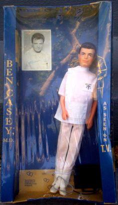 1962 Vince Edwards as Ben Casey ABC) Doll depicts Ben -- drunk again. Vintage Tv, Vintage Dolls, Girl Dolls, Barbie Dolls, Vince Edwards, Ben Casey, Vintage Television, Old Shows, Oldies But Goodies