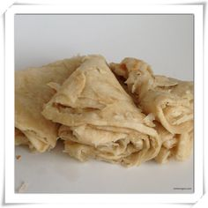 How to make Guyanese Paratha (oil) Roti (use chickpea flower instead of regular flour) Roti Recipe Guyanese, Rumali Roti Recipe, Guyanese Recipes, Carribean Food, Caribbean Recipes, Indian Food Recipes, Vegetarian Recipes, Cooking Recipes, Trinidad Recipes