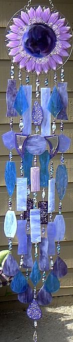 Purple sunflower wind chime. Would love to try and make this, Its so beautiful :)