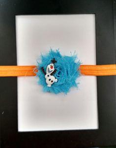 He encontrado este interesante anuncio de Etsy en https://www.etsy.com/es/listing/232578503/disney-frozen-olaf-flower-bow-headband