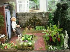 Many other ideas on DIY crafts, DIY fairy garden ideas are very popular nowadays.DIY fairy garden ideas are very enjoyable and interesting. Miniature Plants, Miniature Fairy Gardens, Miniature Kitchen, Miniature Rooms, Easy Garden, Garden Art, Garden Ideas, Small Space Gardening, Small Gardens