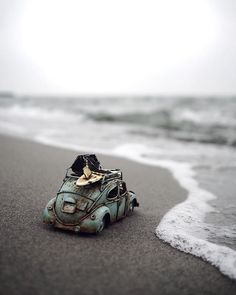 Exploring This Big Wild World With My Little Cars Farvel København Miniature Photography, Cute Photography, Creative Photography, Photography 2017, Combi Wv, Volkswagen, Miniature Cars, Fotografia Macro, Photo Images