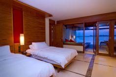 Paradise Island Resort & Spa - Maldives,  for more details visit www.voyagewave.com