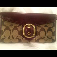 Coach wallet Coach wallet for sale! Great condition! Measures 7.5 inches wide by 4 inches tall. Coach Bags Wallets