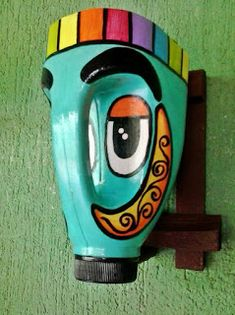 Cor Viva : Vasos feitos com garrafas de amaciante Plastic Bottle Planter, Plastic Jugs, Plastic Recycling, Plastic Bottle Crafts, Plastic Art, Diy Bottle, Recycle Plastic Bottles, Recycled Bottles, Recycled Art