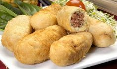 Cocina Tica: Enyucados de carne y queso