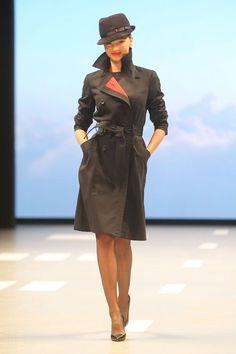 Miranda Kerr for Qantas Arline New Flight Attendent Uniform Unveil