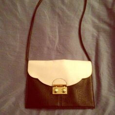 💫PRICE FIRM--Like New ASOS Envelope Clutch only used once, in great condition! can be worn on your shoulder with the straps or you can tuck them in and hold it like a clutch. ASOS Bags Clutches & Wristlets