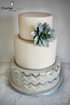 Silver chevron - by chattercakes @ CakesDecor.com - cake decorating website