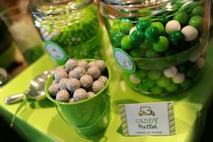 Golf theme 1st birthday party - printables from Chickabug