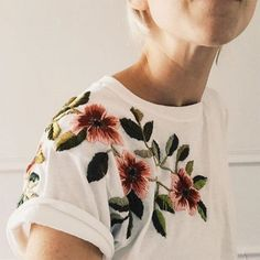 Broderies fleuries / flowers embroidery                                                                                                                                                                                 Mais