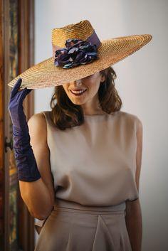 Look invitada boda: topo y violeta Sin categoría - Confesiones de una Boda