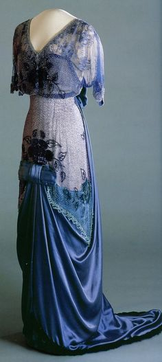 """A 1913 dress fit for a Queen, Queen Maud of Norway to be exact. I think it is beautiful. I would love to see someone show up in a gown like this and one of the events I attend. I am sure it would be the absolute """"hit"""" of the event. WFH."""