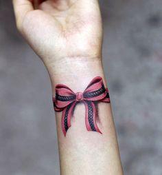 17-Wrist-bow-tattoo