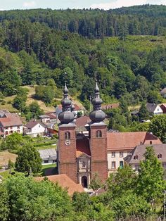 L'Église Prioriale de Saint-Quirin.