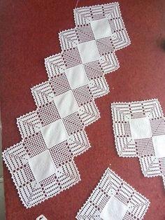 How to Crochet Wave Fan Edging Border Stitch Crochet Doily Patterns, Crochet Borders, Thread Crochet, Filet Crochet, Crochet Designs, Crochet Doilies, Crochet Lace, Crochet Stitches, Crochet Table Runner Pattern