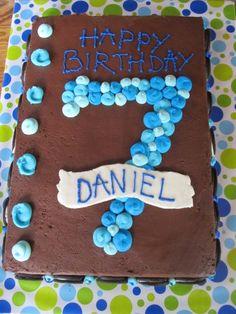 Boy birthday cake - something I could probably make on my own.