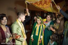 Mehndi Party http://www.maharaniweddings.com/gallery/photo/45535