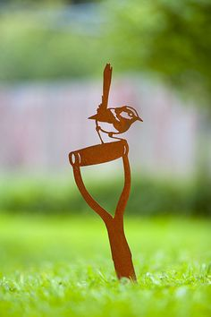 Enhance your garden with a unique Australian designed and manufactured piece of metal artwork. The Wren on spade image is a delight and will stylishly integrate into your outdoor living space. The image includes a spike on the base enabling this to be easily mounted into the ground or a pot. Metalscape prides itself on providing quality products with a detailed finish, this product is made from 2mm steel and has a natural rust finish. Image size: 535mm (H) x 160mm (W) AUD$50.00 + delivery