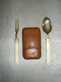 Folding spoon and fork set with bovine bone handles. Encased within a leather campaign case. Some loose stitching. Case:- x x We would be happy to assist in any way possible. Campaign Furniture, Panniers, Dinner Ware, Free Image, Tents, Leather Case, Fork, Colonial, Spoon