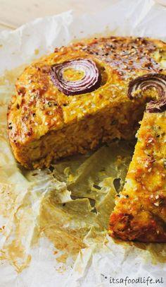 van Yotam Ottolenghi Bloemkooltaart van Yotam Ottolenghi - It s a food lifeBloemkooltaart van Yotam Ottolenghi - It s a food life Pureed Food Recipes, Real Food Recipes, Vegetarian Recipes, Cooking Recipes, Yummy Food, Healthy Recipes, Tasty, Healthy Drinks, Ottolenghi Recipes
