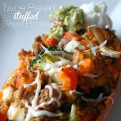 """""""Need a new dinner idea?? I've got you covered!! @fitmencook inspired me to throw a southwest spin on our sweet taters!! Makes 6 servings. You'll need: 3 large sweet potatoes • 12 oz ground turkey • taco seasonings • 1 can low sodium black beans, drained and rinsed • 1/2 cup red bell pepper, diced • 1/2 cup broccoli, diced • 1/2 cup yellow onion, diced • 12 Tbs mozzarella cheese, shredded • 6 Tbs plain greek yogurt, guacamole and fresh salsa. 1⃣Preheat oven to 425 degrees. Cut each sweet…"""
