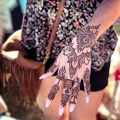 This lovely gal requested some lotus elements in here and the rest freestyle! Fingers inspired by . I will be out at seaport again today . Henna Hand Designs, Unique Mehndi Designs, Henna Tattoo Designs, Mehndi Tattoo, Mehndi Art, Mehendi, Girl Arm Tattoos, Body Art Tattoos, Henne Tattoo
