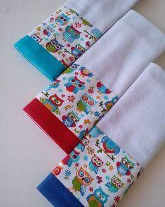 Dish Towel Crafts, Dish Towels, Hand Towels, Tea Towels, Kitchen Kit, Fabric Storage Boxes, Bazaar Ideas, Diy Kitchen Storage, Baby Design
