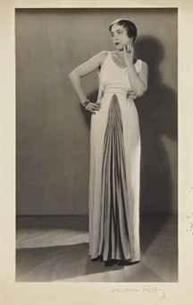 * Elsa Schiaparellin en Elsa Schiaparelli, Automne 1931 photo MAN RAY (1890-1976)