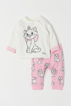 Shirt and Pants - Pink/Aristocats - Kids Fashion Kids, Little Girl Fashion, Toddler Fashion, Fashion Clothes, Fashion Fashion, Fashion Shoes, Fashion Trends, Disney Outfits, Baby Outfits