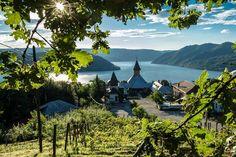 Mănăstirea Sfânta Ana, Orsova, Mehedinti, Romania Romania, Golf Courses, Mountains, Nature, Travel, Nice Asses, Nice City, Naturaleza, Viajes