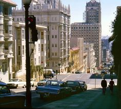 1965 - Powell at Pine Street - A nice view of the Sir Francis Drake Hotel...