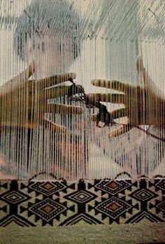 C'est de là que vient ma passion du tissage ! petite, voir les femmes tisser les tapis dans les maisons en Tunisie