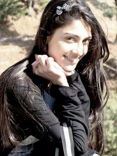 Ayeza Khan Cute, Hot & Gorgeous Pakistani Actress   Latest Fashion Trends
