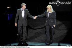 Johnny Hallyday : il a rejoint Sylvie Vartan sur la scène d'un Olympia... en délire ! - Blog Sylvie Vartan & Sheila