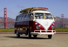 a retro fitted VW van that runs off electricity and solar panels on the surf boards. #cars #green