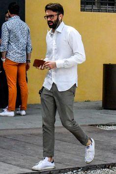 Guys stylish looks! Basic Style, Cool Style, My Style, Cool Outfits, Fashion Outfits, Men's Fashion, White Fashion Sneakers, White Shirt Men, Dressing Sense