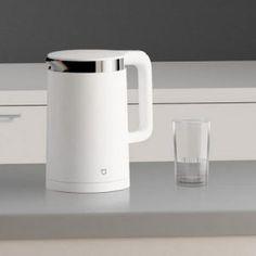 Alle apparaten worden 'slimmer', dus waarom een waterkoker niet? De Xiaomi Mi Bluetooth Waterkoker is daar een mooi voorbeeld van! Gemakkelijk vanaf de bank de waterkoker aan zetten, of instellen dat het water op een bepaalde tijd warm moet zijn. Kán! Mooi design en makkelijk in gebruik! Nu €51  http://gadgetsfromchina.nl/xiaomi-waterkoker-met-bluetooth-e51/  #Gadgets #Gadget #Smart #Aanbieding #Waterkoker #Bluetooth #Xiaomi #App #Smartphone #Tablet #water #boiling #boiler #kettle #thee…
