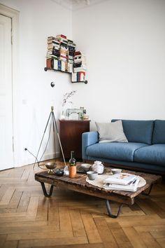 minimalistischer-designer-palettentisch