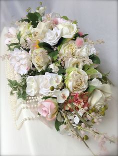 Pinks, Cream, Ivory Top Table Arrangement #piecesandposies