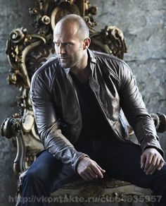"Jason Statham in Leather Jacket - ""If you are going to do something, do it with style"" _ Jason Statham - Jason Statham, Bald Men Style, The Expendables, Martial Artist, Foto Pose, Hollywood Actor, Good Looking Men, Stylish Men, Beautiful Men"