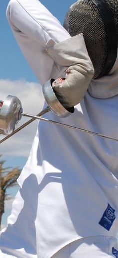 The art of fencing Fencing Sport, Epee Fencing, Fencing Club, Olympic Fencing, The Fencer, Cosplay Anime, Cute Posts, Super Powers, Martial Arts