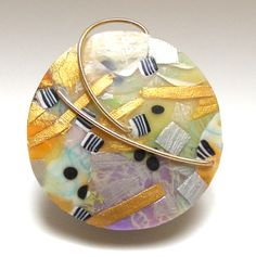 Tory Hughes -- oops this is polymer, not glass, but is interesting as an abstract inspiration. Polymer Beads, Polymer Clay Pendant, Polymer Clay Art, Polymer Clay Jewelry, Lampwork Beads, Clay Earrings, Clay Design, E Design, Zentangle
