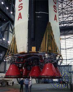Apollo 8 - Saturn V flight Stage Apollo Moon Missions, Nasa Missions, Apollo Space Program, Nasa Space Program, Rocket Center, Kennedy Space Center, Space Race, Space Shuttle, Space Crafts