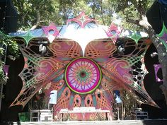 Vortex Psy Trance festival 2012 -- im curious how far this stuff can be pushed, that seems like some intense cutting and stretch.... how far is too far for this material?