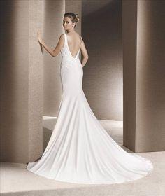 https://flic.kr/p/CddEhn   Trouwjurken   Trouwjurken vintage, Moderne Trouwjurken, Korte trouwjurken, Avondjurken, Wedding Dress, Wedding Dresses   www.popo-shoes.nl