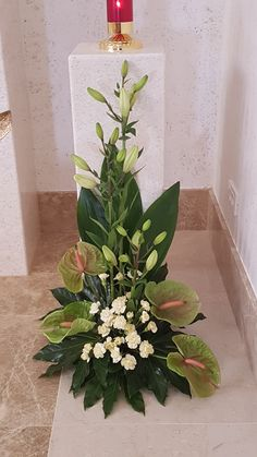 園藝 Altar Flowers, Flower Bouquets, Small Flower Arrangements, Floral Arrangements, Tropical Flower A Creative Flower Arrangements, Tropical Flower Arrangements, Church Flower Arrangements, Beautiful Flower Arrangements, Wedding Flower Arrangements, Tropical Flowers, Flower Bouquet Wedding, Small Flowers, White Flowers