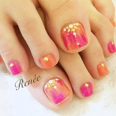 Having short nails is extremely practical. The problem is so many nail art and manicure designs that you'll find online Pedicure Designs, Pedicure Nail Art, Toe Nail Designs, Toe Nail Art, Pretty Toe Nails, Love Nails, Feet Nail Design, Chevron Nails, Shellac Nails