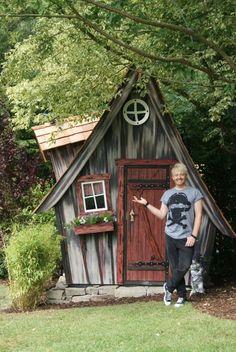 Witch house hexenhaus buck gr n von lieblingsplatz hexenh uschen pinterest - Hexen gartenhaus ...