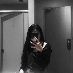Korean Girl Photo, Cute Korean Girl, Cute Girl Photo, Girl Photo Poses, Girl Photos, Asian Girl, Selfi Tumblr, Girls Mirror, Ulzzang Korean Girl